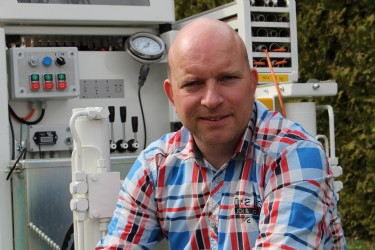 Johan de Lange, Sales Engineer CPT equipment